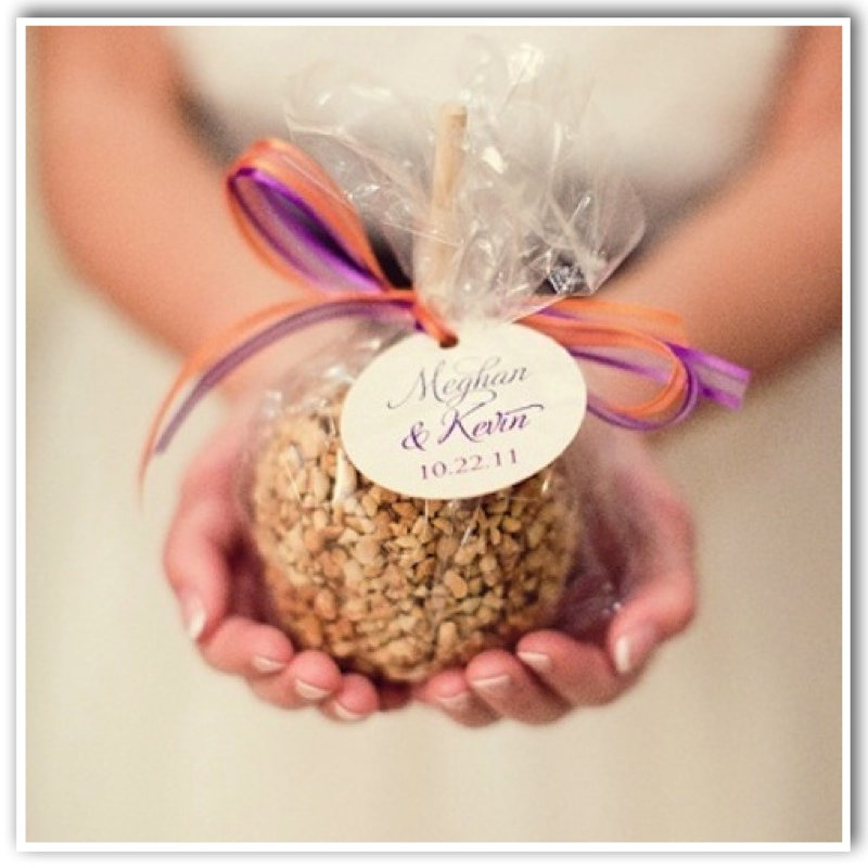 LET ME DO YOU A FAVOR TOP CREATIVE FAVORS FOR GUESTS 1928 Planning Co
